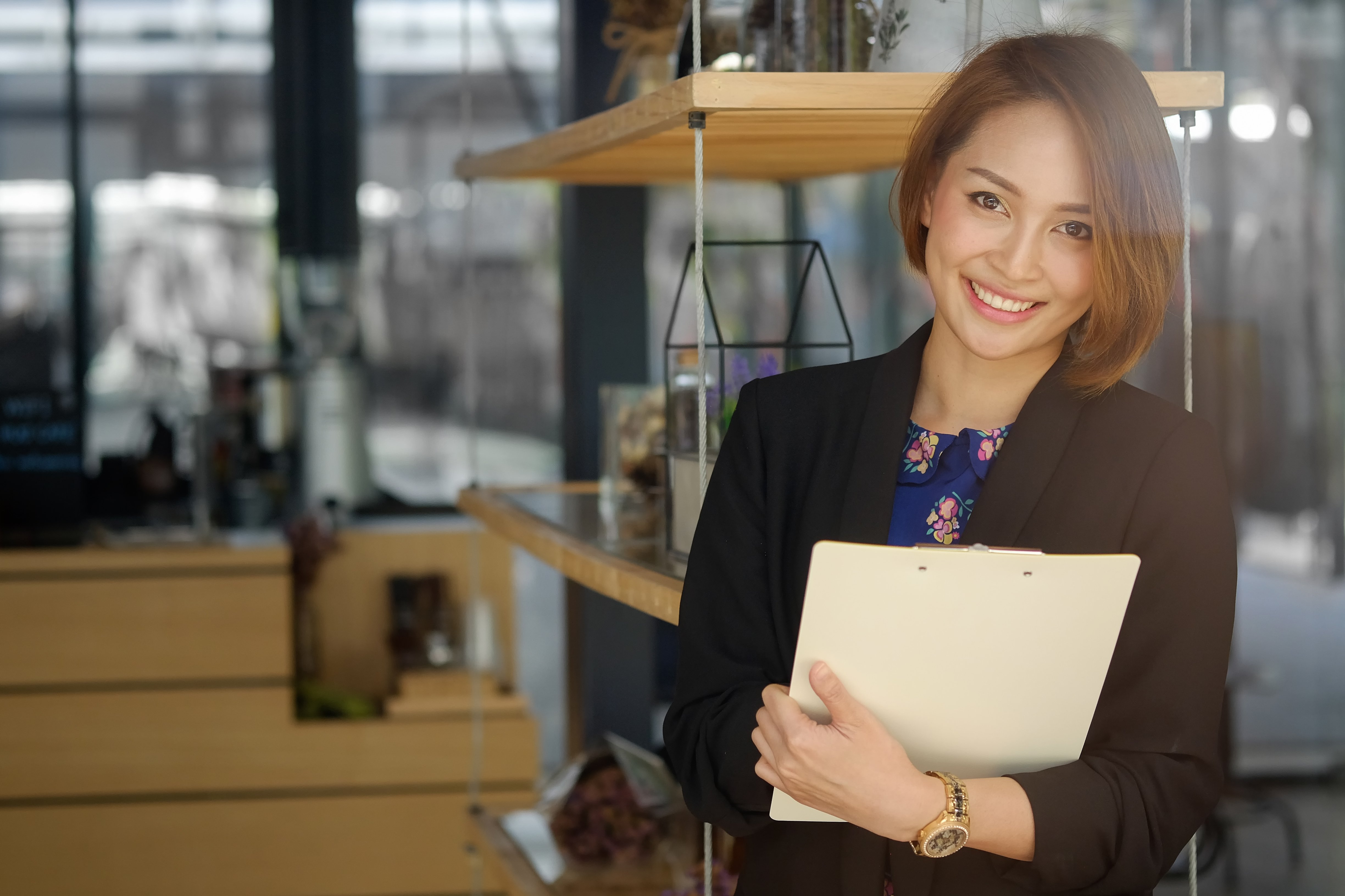 What is a Legal Document Assistant? What They Do and The Benefits