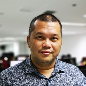 Venjie Martires, Multimedia Artist